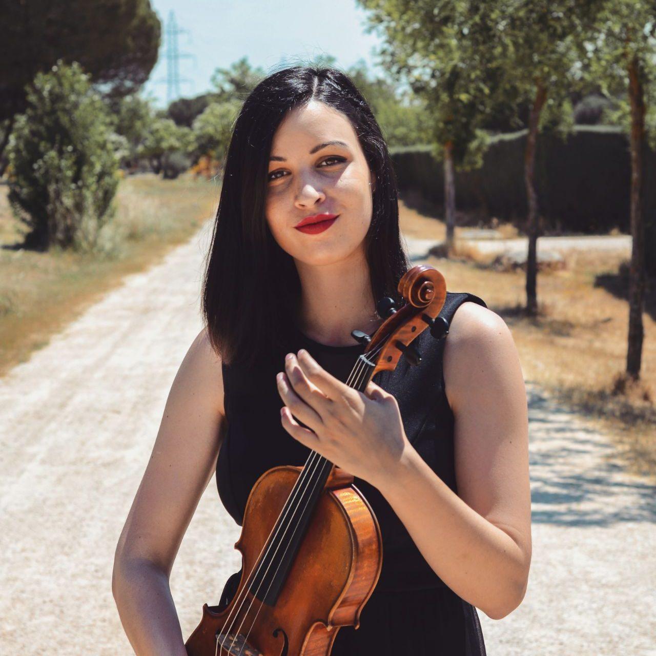 Lourdes Rosales – Innova Música